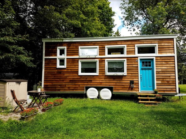 Natashas 28ft Tiny House on Wheels 001