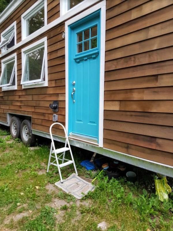 Natashas 28ft Tiny House on Wheels 002