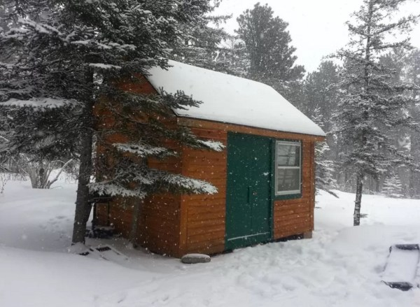 Off-Grid Cabin 0028