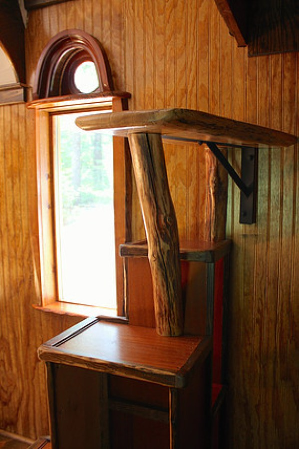 old-time-caravan-tiny-house-012