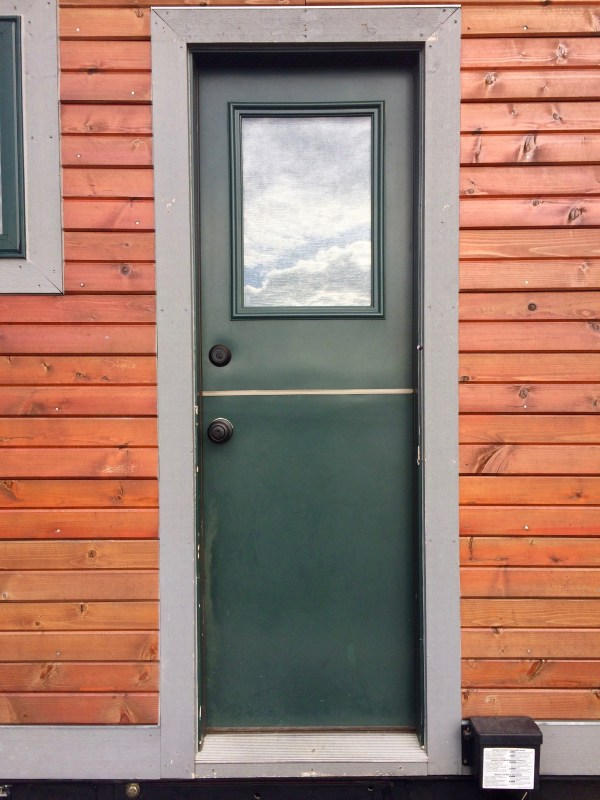 Oregon Trail by Tiny Smart House_003