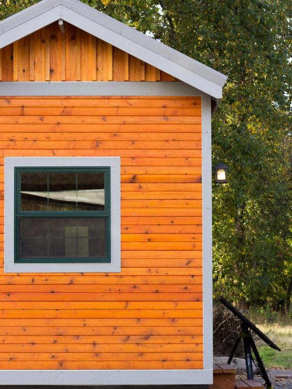 Oregon Trail by Tiny Smart House_005