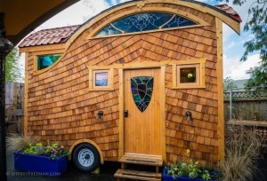 Pacifica Tiny House 001