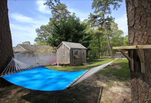 606 Sq. Ft. Little Cottage Vacation Near Cape Cod