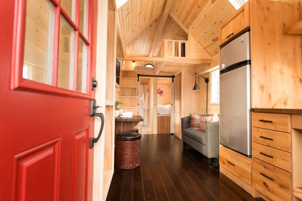 Porchlight Tiny House by Hideaway Tiny Homes_002