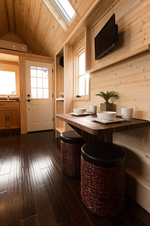Porchlight Tiny House by Hideaway Tiny Homes_003