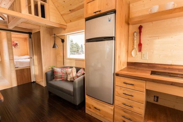 Porchlight Tiny House by Hideaway Tiny Homes_005