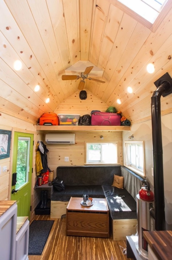 Portable Pioneer Tiny House Photo by Aaron Lingenfielter via TinyHouseTalk-com 008