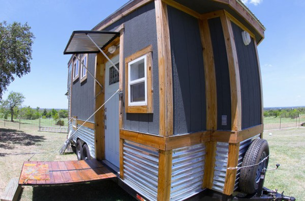 Raw Design Creative Tiny House 004