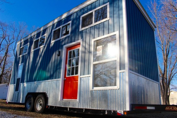 Relax Shack Red Tiny House on Wheels by Mini Mansions 0021