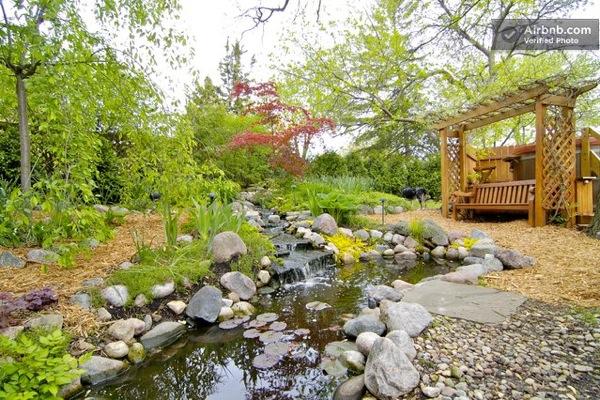 Romantic-Garden-Treehouse-03