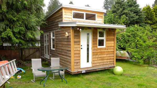 Sam's tiny house tour - Exploring Alternatives 2