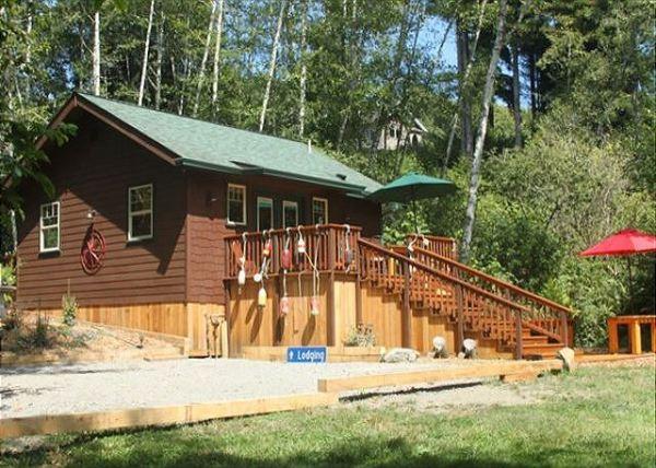 scotty-point-cabin-near-redwoods-001