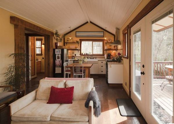 scotty-point-cabin-near-redwoods-003