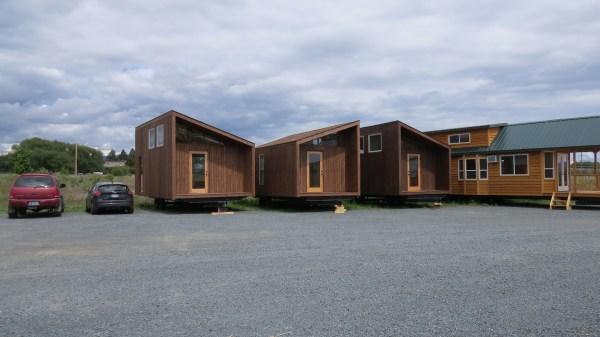 sleek-sonoma-cabin-by-richs-portable-cedar-cabins-5