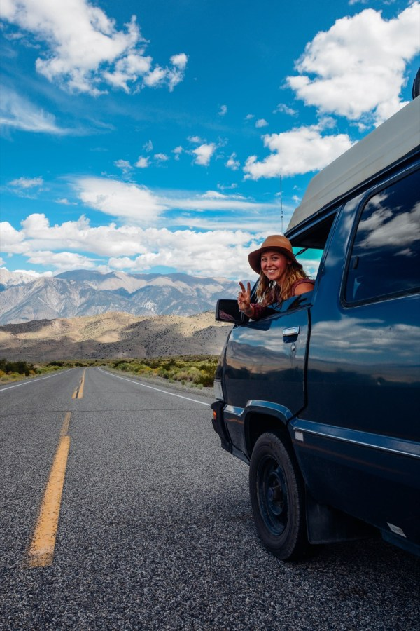 Solo Female Living out of an 87 Toyota Van 007