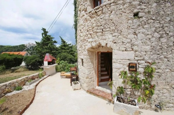 Stone Tower Cabin in Croatia 0027