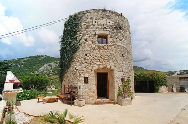 Stone Tower Cabin in Croatia 0032