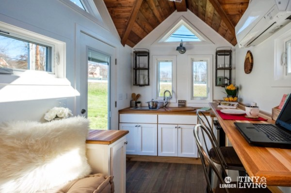 The Countryside Tiny House by 84 Tiny Living 002