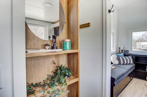 The Last Mohican Tiny Home 0010