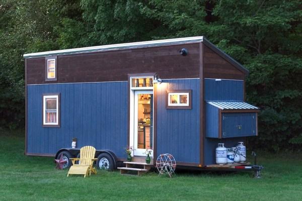 the-little-lou-tiny-house-001