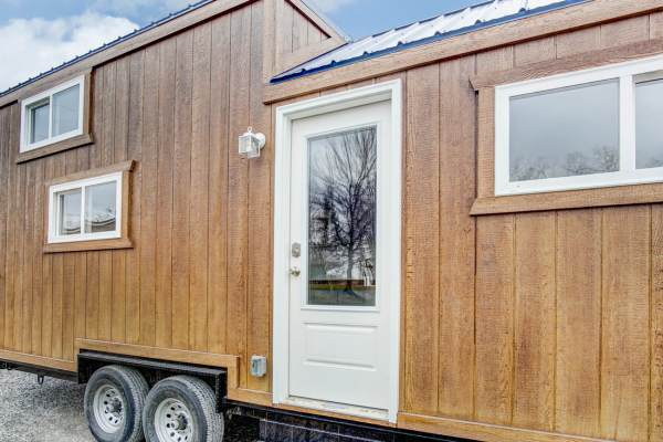 The Lodge Tiny House by Modern Tiny Living 0029