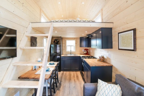 The Mansion Tiny House by Uncharted Tiny Homes 002