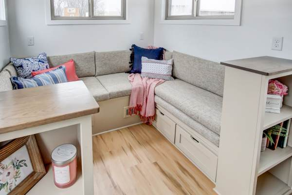 The Pearl Tiny House by Modern Tiny Living 0020