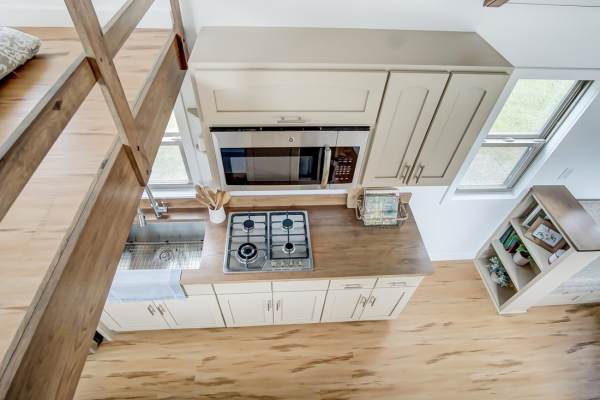The Pearl Tiny House by Modern Tiny Living 0025