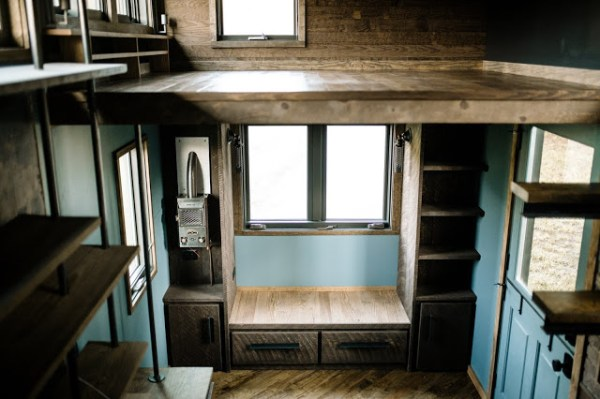 the-rook-tiny-house-by-wind-river-tiny-homes-023