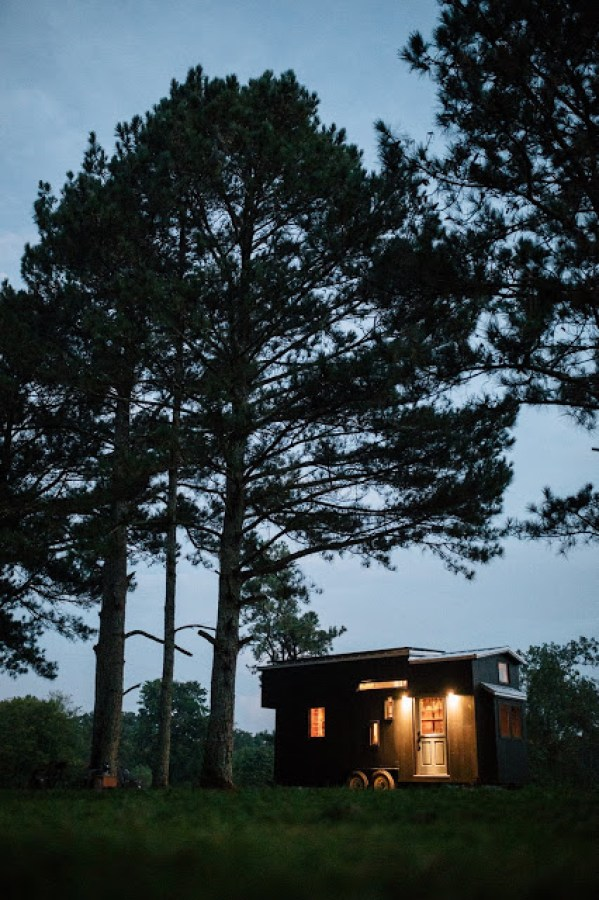 the-rook-tiny-house-by-wind-river-tiny-homes-030