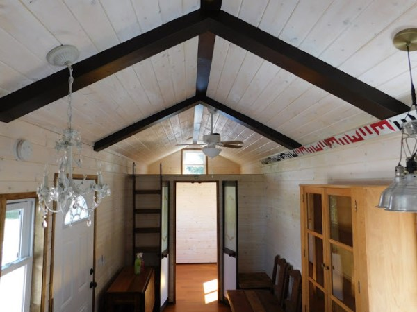 the-rose-tiny-home-003