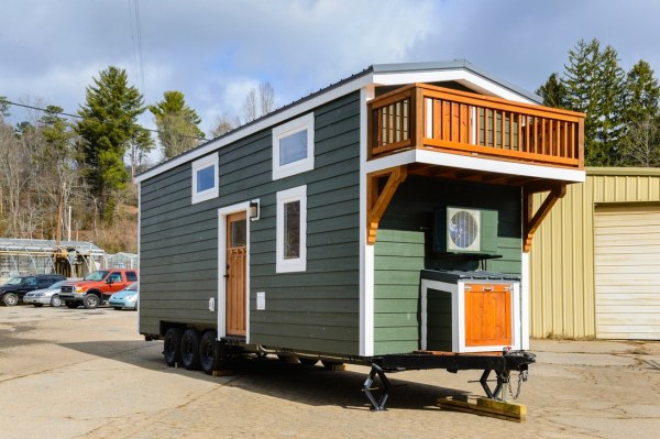 The Sheriff Tiny House by Wishbone Tiny Homes 001