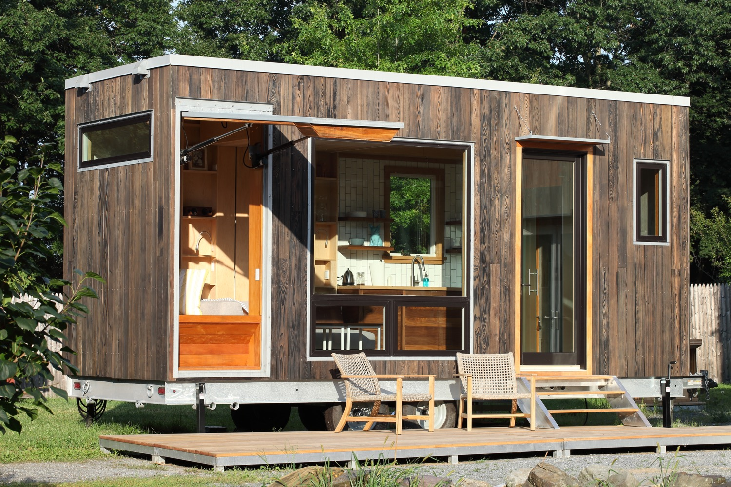 Modern 21ft Tiny House With Secret Ceiling Bed And Remote