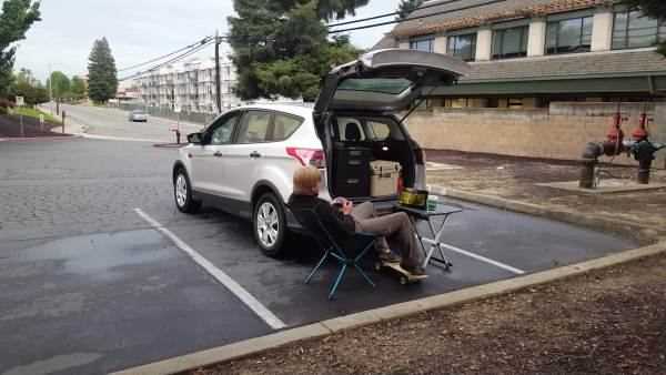 this-guy-lived-out-of-his-suv-while-working-as-a-regional-sales-manager-70