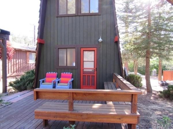 Tiny A-frame Cottage 001