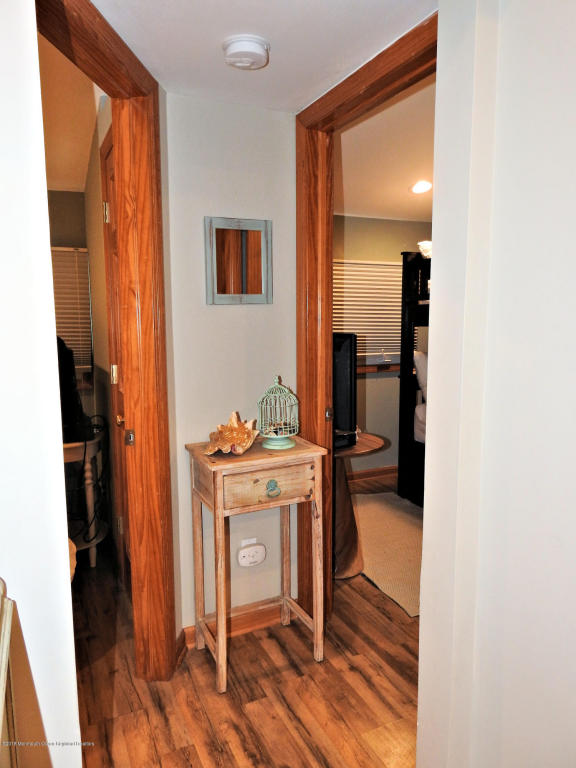 Tiny Beach Cottage in NJ For Sale 009
