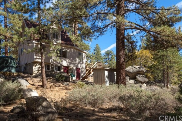 tiny-big-bear-cottage-on-2-acres-for-sale-025