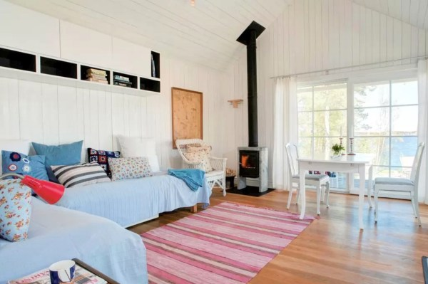 Tiny Bungalow by the Sea in Sweden 0013