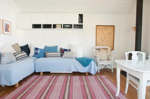 Tiny Bungalow by the Sea in Sweden 008
