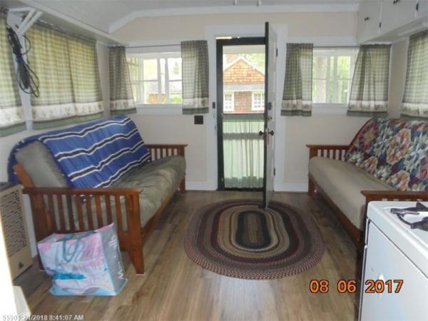 Tiny Cottage Madison Maine 004