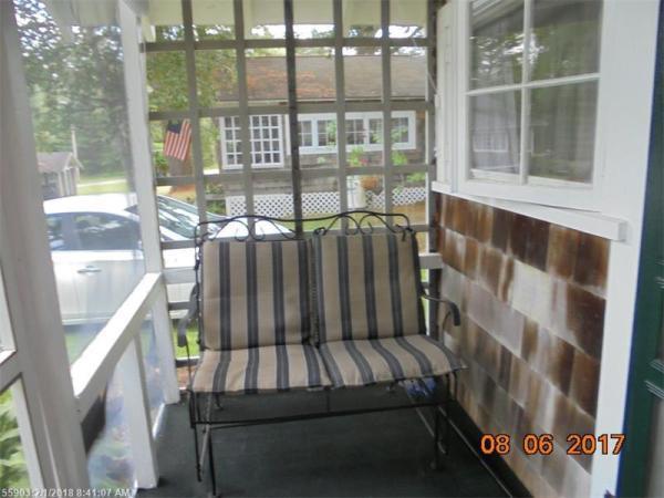 Tiny Cottage Madison Maine 007