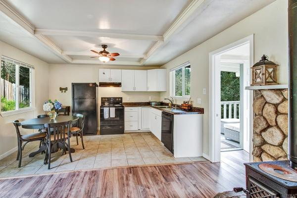 Tiny Cottage with View in Cazadero 007