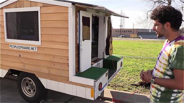 Tiny Ford Ranger House Truck 002