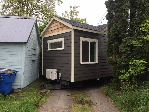 Tiny House For Rent in Battle Ground Oregon 0022