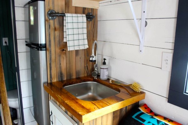 Tiny House For Sale in Lake Oswego 006
