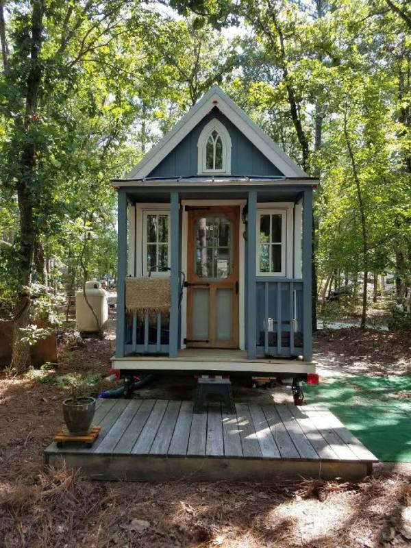 Tiny House Parking in Carthrage North Carolina 001