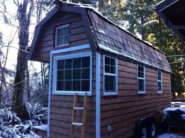 Tiny House Vacation with Mountain Views in Monroe WA 001