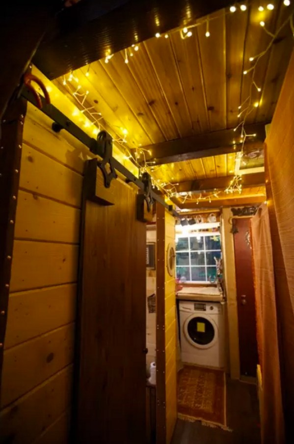 Tiny House Vacation with Mountain Views in Monroe WA 0016