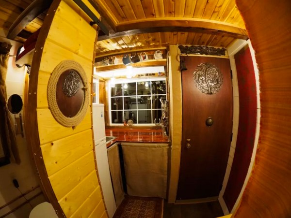 Tiny House Vacation with Mountain Views in Monroe WA 0017
